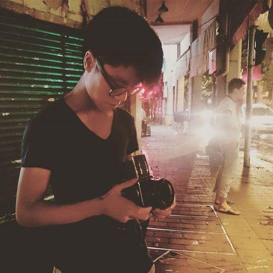 拍的是十字路口... Photography Potographer Night Dog Guangzhou Canton Meaninglessart 無謂藝術Meaninglessart 無謂藝術 攝影師的日常 你好攝影師