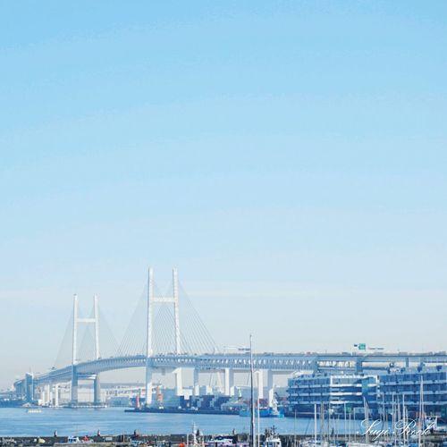 横浜ベイブリッジ 横浜 湾岸線 青空 山下町 Skyblue