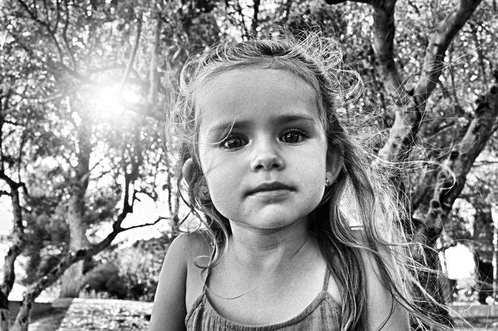 Monochrome Photography Leisure Activity Tree Portrait Looking At Camera Lifestyles Long Hair PortraitPhotography Photoftheday Artistic Expression Blackandwithe ArtWork Close-up Terrific Noiretblanc Young Adult France🇫🇷 F4F Artworks Expressive Model Mode Portrait_shots Model Photography Headshot Eye