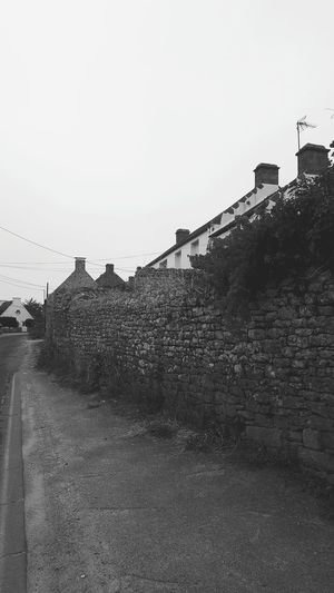 Hanging Out Taking Photos Check This Out Hello World Enjoying Life Brittany Blackandwhite Black And White Townscape Countryside Mobilephotography Breizh Travel Photography Taking Photos @ Plouharnel