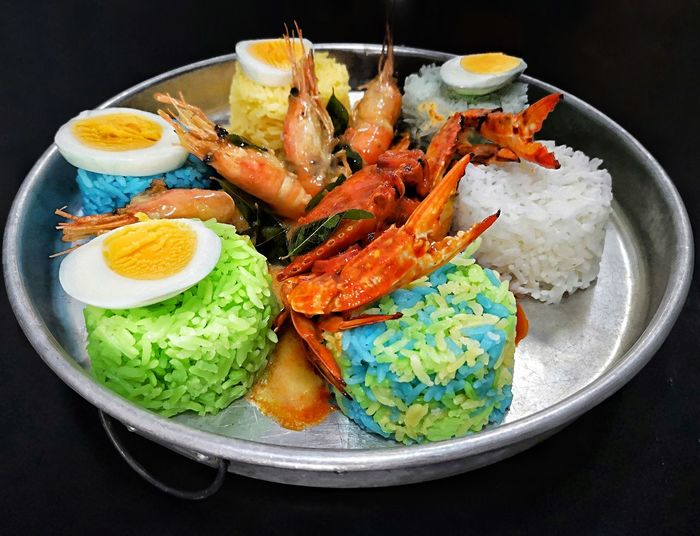 Colourful rice Colourful Rice Six Coloured Rice Foodphotography Foodporn Big Portion Rainbow Food Rainbow Colors Black Background Plate Seafood Bowl Close-up Food And Drink Prepared Food Crab - Seafood Prawn Comfort Food Shrimp - Seafood Shrimp Crab Scallop Mussel