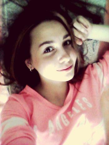 Morning Selfie Goodmorning ThatsMe Hello World Relaxing Enjoying Life Smile ✌ Girl On My Bed Sleepy