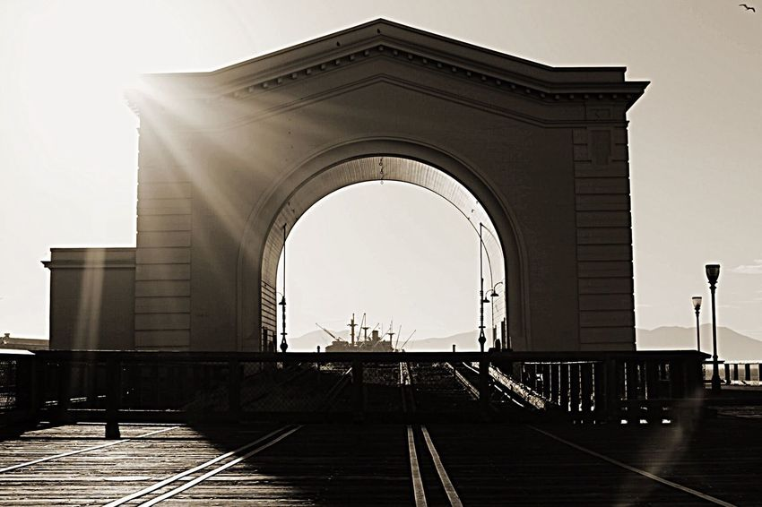 Gotta love San Francisco 📷❤️🌉 Built Structure Arch Outdoors Canoneos6d Landscape_photography Photographer The Great Outdoors - 2017 EyeEm Awards Shotbyme Illuminated