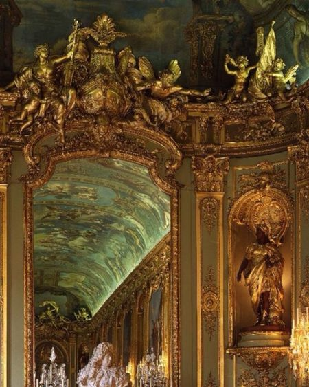 This is la Galerie Dorée de L'Hôtel de Toulouse Now banque de France 🇫🇷 in Paris. Religion Place Of Worship Spirituality Statue Gold Colored Human Representation Gold Sculpture Low Angle View Cultures No People Indoors  Architecture Day Baroque Trustme France Paris ❤ Paris