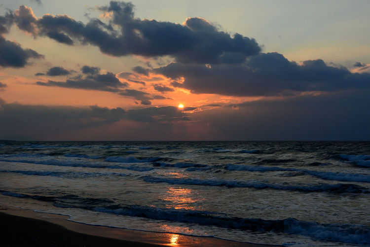 Eyem Sunset Beach Beauty In Nature Cloud - Sky Horizon Over Water Idyllic Motion Nature Orange Color Reflections In The Water Scenics - Nature Sea Sky Sunlight ☀ Sunset Water Wave