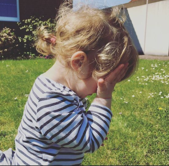 ❤️ Sommertime Sunny☀ Hallo Daughter Sunny Day Nice Day Beautiful Nature Fotography First Eyeem Photo Cute Daddyslittlegirl Beauty Summer Summertime Shooting Day Pretty Girl Princess Liebe ❤ MyLove❤ Beautiful Day Lovely Nice Atmosphere Hello World Mamasgirl Love