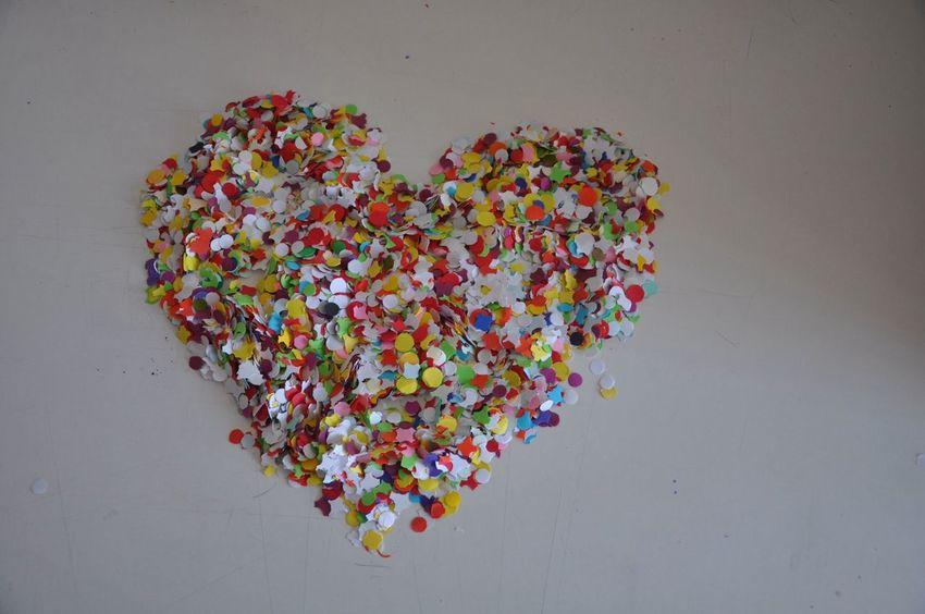 Mit Nikon D90 Hello World Heart Colourful Confetti