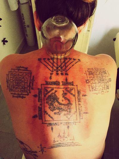 Guasha Tattoo SakYant Thailand Thaitattoo Back Chines Medicine