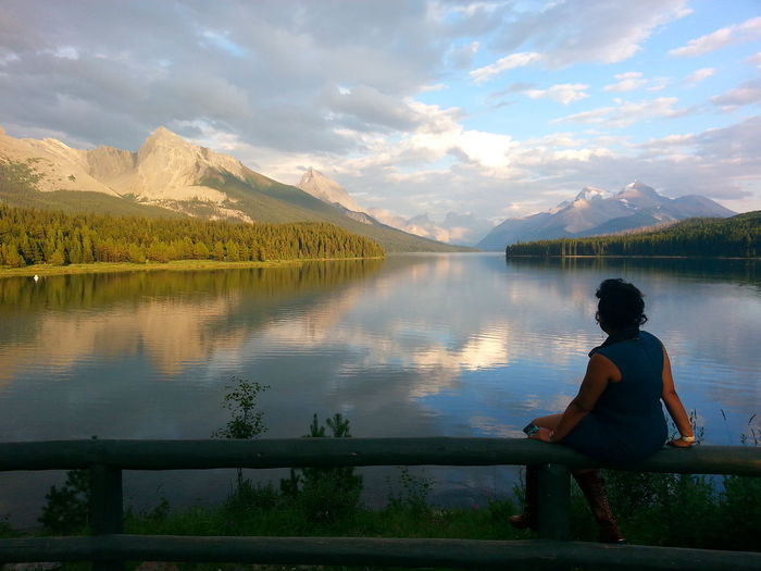 Contemplation Wooden Fence Wedding Wedding Photography Maligne Lake Jasper Jasper National Park Jaspernationalpark Jasper Alberta Canada Lake Moutains Mountain The Great Outdoors With Adobe Mountain Peak