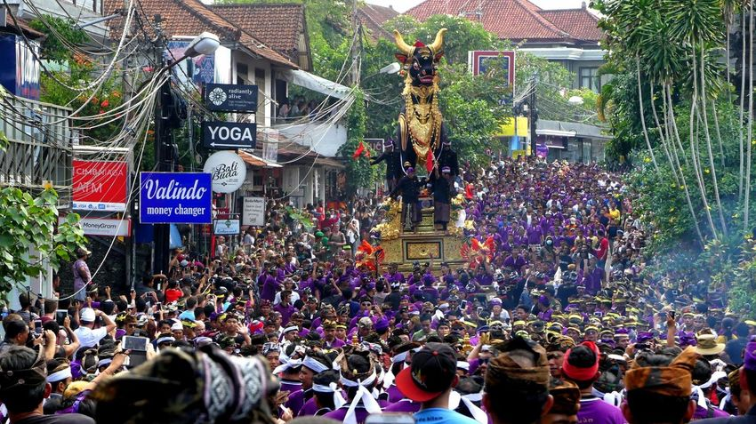 Bali, Ubud Bali Bali Natura Bali, Indonesia Balispirit Celebration City Street Cremation Cremation Ceremony Islandlife Jeanmart Joseph Jeanmart Large Group Of People Natura Outdoors Procession Pure Real Real Life Tourism Thestreetphotographer2016eyeemawards