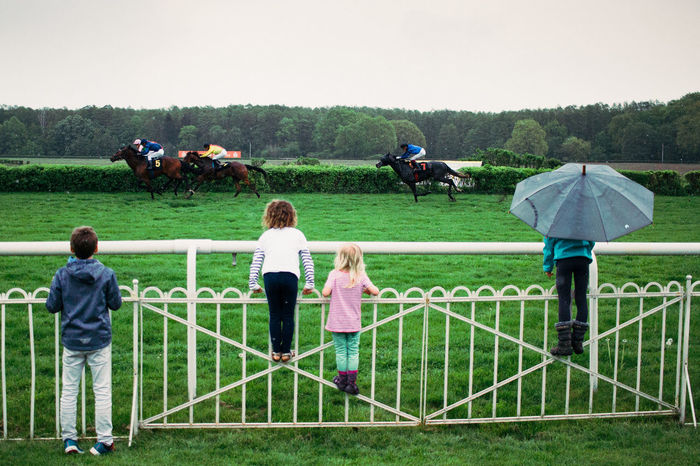 Horserace Berlin Hopppegarten Garlopprennbahn Sky Childhood Nature Real People Child People Outdoors Grass Leisure Activity Togetherness Horserace Race Champion Horses Animal Photooftheday Picoftheday POTD