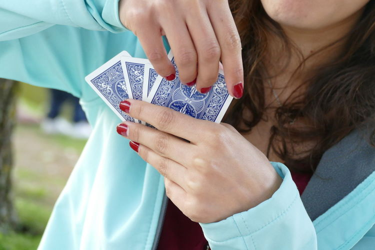 Beating  Friends Gambling Hands Happiness Luck Picnic Poker Winter Backgrounds Beat Card Compitition Compititive Exiting Gambler Game Game Of Luck Leisure Activity Leisure Games Loss People Playing Truks Winner