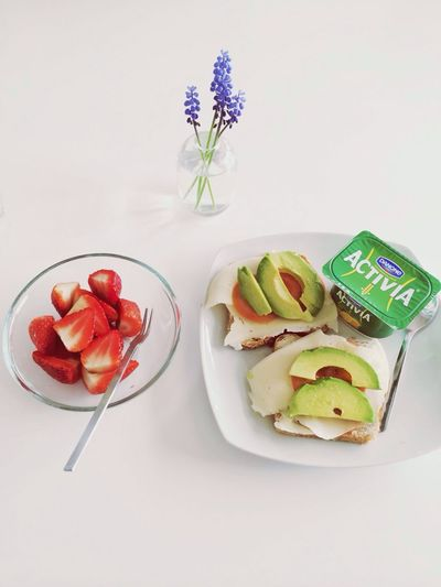 Breakfast Strawberry Yummi Life