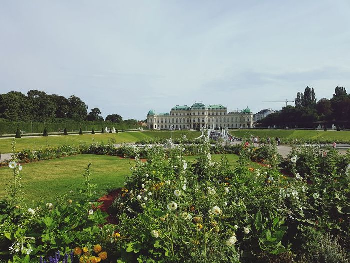 Belvedere Castle Vienna Garden Summer Sunshine Sightseeing