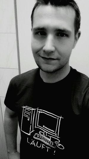 That's Me ein bisschen etwas hat sich geändert (: Blackandwhite Bodychange Weightloss Selfie ✌