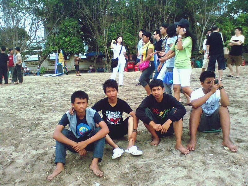 nemu foto lama Study Tour SMA Kuta Beach Bali, Indonesia