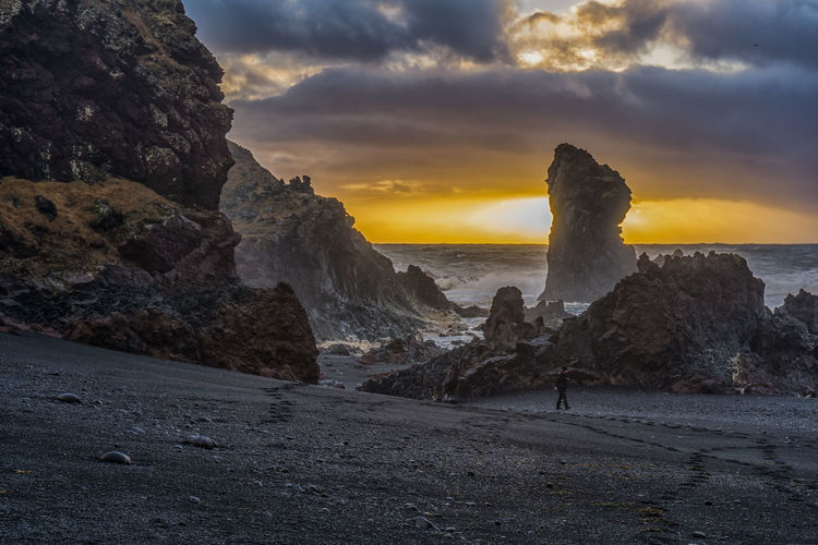 Cloud - Sky Sunset Sea Sky Beach Beauty In Nature Outdoors Landscape Nature Iceland_collection Iceland Snaefellsnes Peninsula Snæfellsnes Sunlight