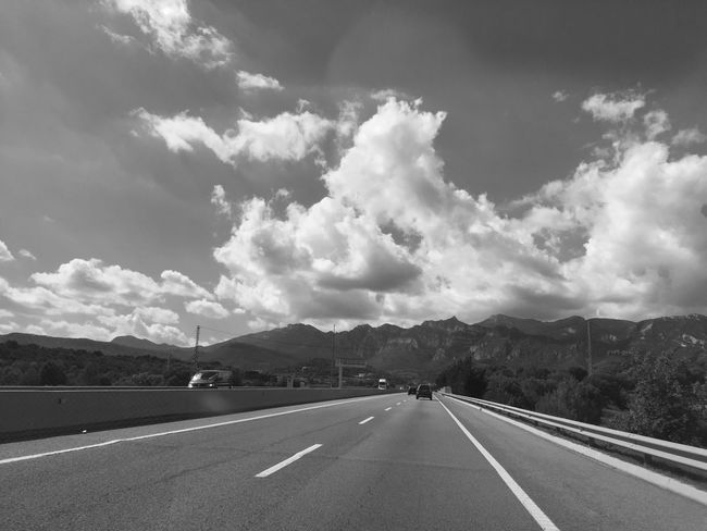 En Route ... 🚶🏻 Tadaa Community Monochrome Mpro Driving Der Reisende From My Point Of View Traveling Fortheloveofblackandwhite Black & White