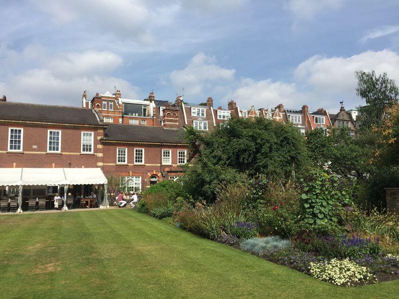 Chelsea Physic Garden Jetlag Summer2016 Enjoying The Sun