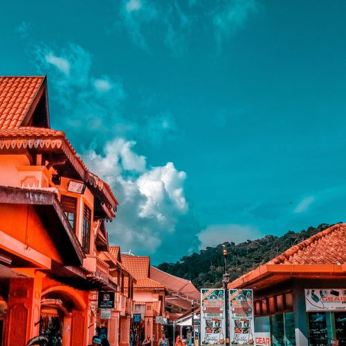 Orange Blue EyeEmNewHere Clouds Explore ExploreEverything Enjoying Life ZTEphotography Langkawi EyeEm Selects Sky Architecture Built Structure Cloud - Sky Building Exterior Nature No People Travel Orange Color Day Arts Culture And Entertainment Residential District Blue Building Outdoors