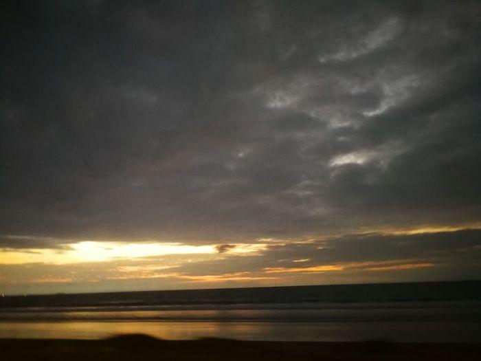 EyeEmNewHere Water Sea Sunset Storm Cloud Reflection Dramatic Sky Sky Horizon Over Water Cloud - Sky
