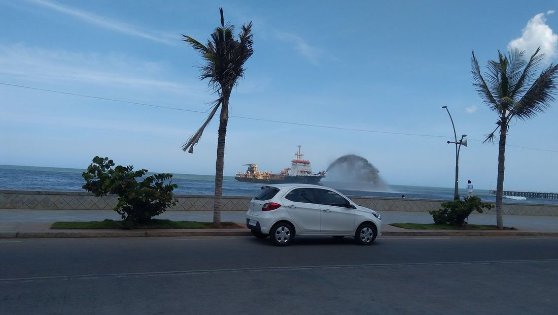 Breathing Space Pondicherry Whitetown Clicking a picture at Pondy NoEditNoFilter Mobiography AmmuzClikzzz