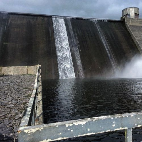 Dŵr Water Dam Imposing Nature Changingworld Dark Darkness And Light Manmade ManmadeVsNature
