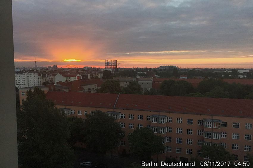 Good Morning Happy Sunday Sunrise Sonnenaufgang Penthouse View Sunset Architecture Building Exterior Built Structure Sky Tree House City Cloud - Sky No People Residential Building Schöneberg Berlin Outdoors Nature Beauty In Nature Day