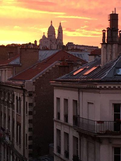 Un soir sur les toits de Paris... Architecture Built Structure Building Exterior Sunset Sky Cloud - Sky Travel Destinations Outdoors Dome Paris ❤ Sacre Coeur France ILoveMyCity Roof Rooftop