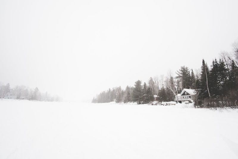 lake life Snow Scenics - Nature Landscape Winter Tranquil Scene Tranquility Fujifilm Fujifilm_xseries FUJIFILM X-T2 Fuji Landscape_photography Landscape_Collection Lake Nature Clear Sky Fog Beauty In Nature House Wide Angle Field Montréal Cold Temperature Land Outdoors Snowing