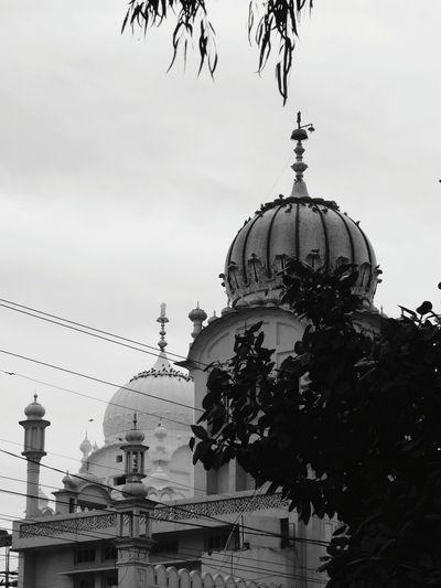 Blackandwhite Photography EyeEm Filter Gurudwara Alamgir Gurudwara Sikh Sikhism Sikh Temple Dome Architecture Built Structure Sky Travel Destinations Tree Outdoors Building Exterior No People Day The Architect - 2018 EyeEm Awards