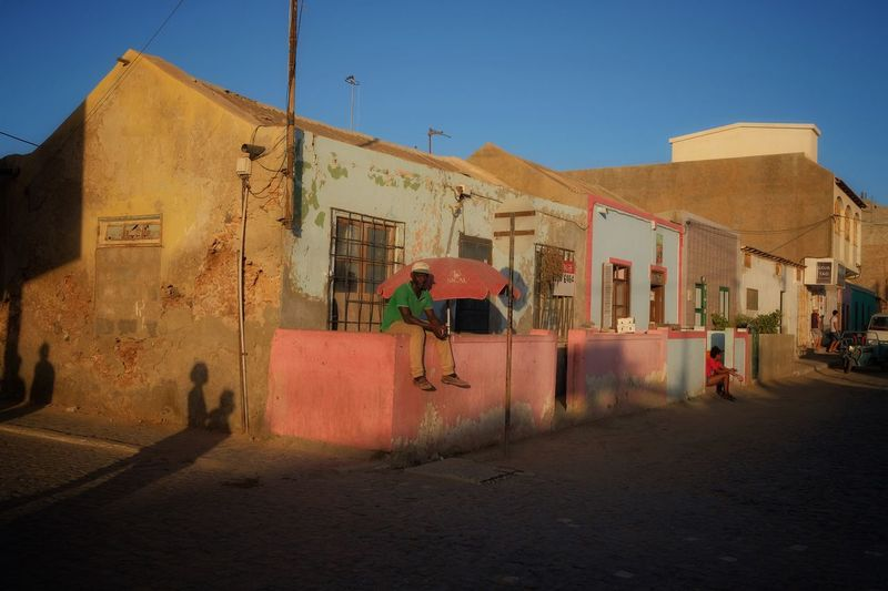 Streetlife Cabo Verde Streetlife Streetphotography This Week On Eyeem The Week on EyeEm Cabo Verde Travel Photography Building Exterior Architecture Built Structure Sky Building City Nature Sunlight Day Street Outdoors