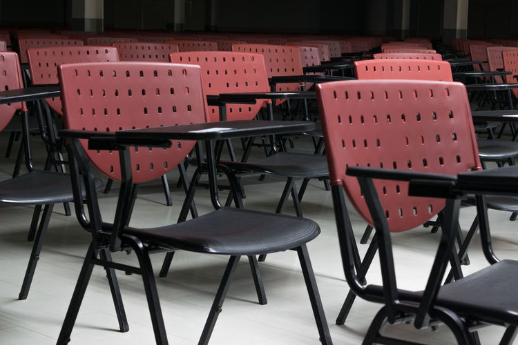 Chair Day Empty Indoors  Lecture Hall No People Seat Table