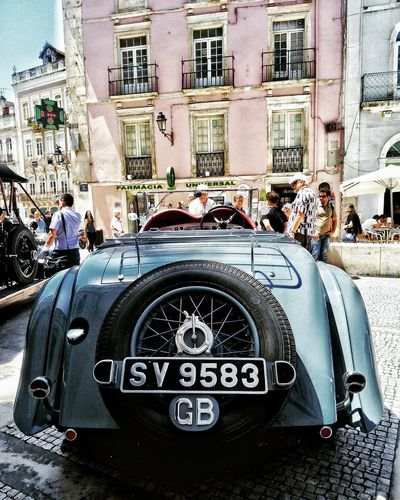 Car Mode Of Transport Building Exterior Architecture Day City Photoday Amazing View History Photography Coimbra Coimbra, Portugal Amazing_captures The Street Photographer - 2017 EyeEm Awards So Cool Tourism Tranquility People