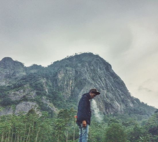 Badega Gunung Parang, Purwakarta, West Java, Indonesia. Wanderlust Wanderlustindonesia Wanderlust Nature Exploreindonesia Naturephotography Beauty In Nature Nature Travel Photography Vibes Cloud - Sky Nature