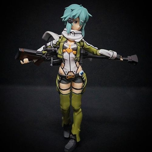 If you pose her right she is sexy.with her gun Sao Sinon Sao Saoggo SwordArtOnline Swordartonline2 Gungaleonline Figma Xperia_knight