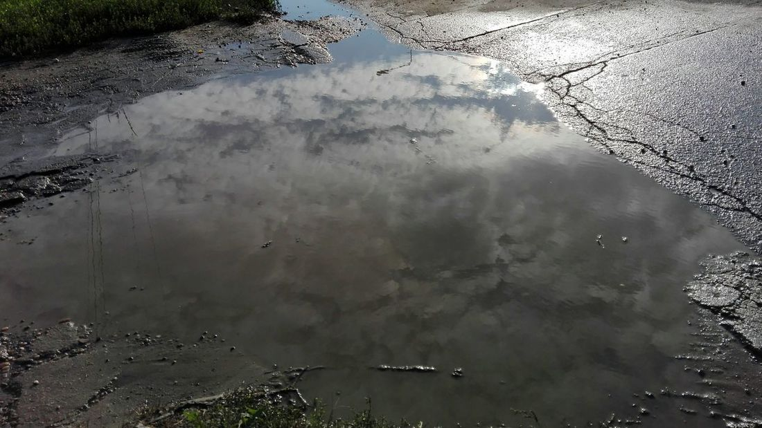 clouds reflected in puddle Bulevardul Republicii, Călărași Wolfzuachivphotography Reflection Water Puddle Outdoors No People Flood Nature Day Bad Road Bulevardul Republicii Street View Călărași, România WOLFZUACHiV Photography Huawei Photography On Market Wolfzuachiv WOLFZUACHiV Photos Veronica Ionita Ionita Veronica Eyeem Market Huaweiphotography No Person No Human Street Bulevardul Republicii, Călărași, România Close-up Beauty In Nature High Angle View