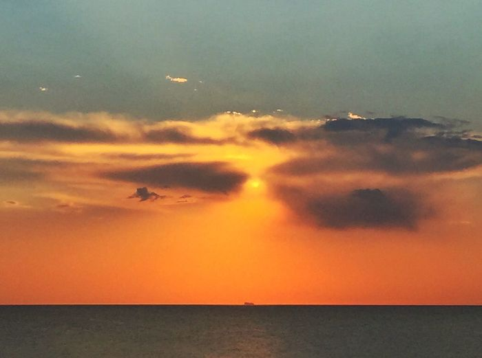 Sky Sunset Nature Scenics Sea Tranquil Scene Cloud - Sky Horizon Over Water Tranquility Beauty In Nature Idyllic Water Outdoors No People Day Ostsee