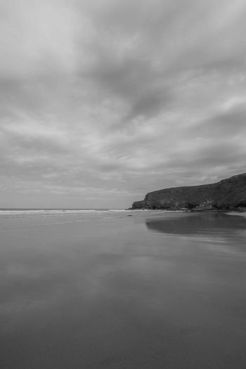 Monochrome Beauty Artistic Dramatic Sky Watergate Bay Beauty In Nature Cloud - Sky Day Horizon Horizon Over Water Idyllic Monochrome Nature No People Non-urban Scene Outdoors Overcast Scenics - Nature Sea Sky Surfing Tranquil Scene Tranquility Water Waterfront Wide Angle