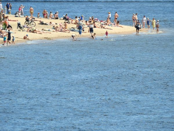Beachphotography Beach Photography Petropavlovskayafortress Neva North River Sand People Sunny Day 🌞 Summertime EyeEmNewHere EyeEm Selects Sankt-Petersburg Russia