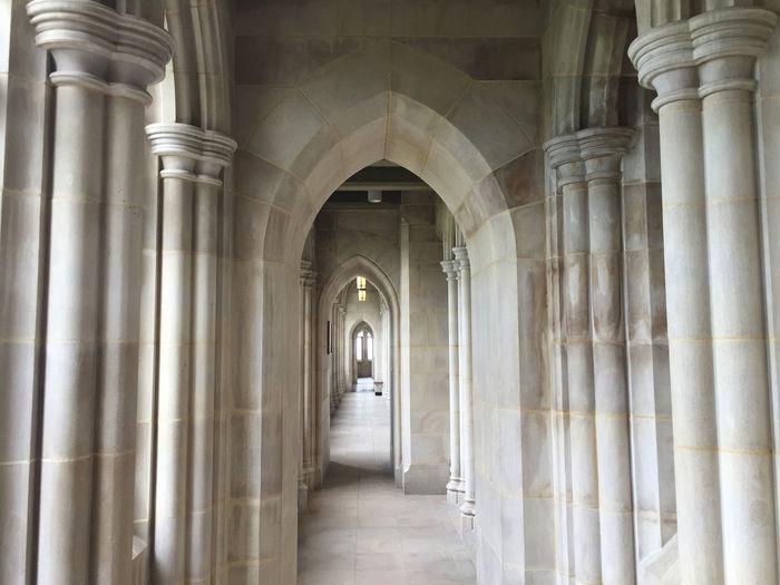 Arch Architectural Column Architectural Feature Architecture Built Structure Colonnade Column Corridor Day Diminishing Perspective Empty Historic History In A Row Interior No People The Way Forward Tourism Travel Destinations Vanishing Point