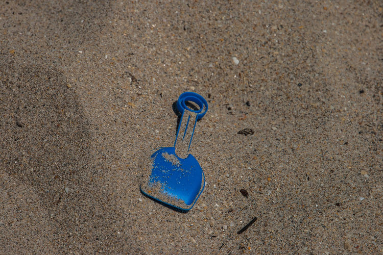 Beach Toys Close-up Day High Angle View Land Minimalism Nature No People Outdoors Sand Sand Box Shovel Still Life