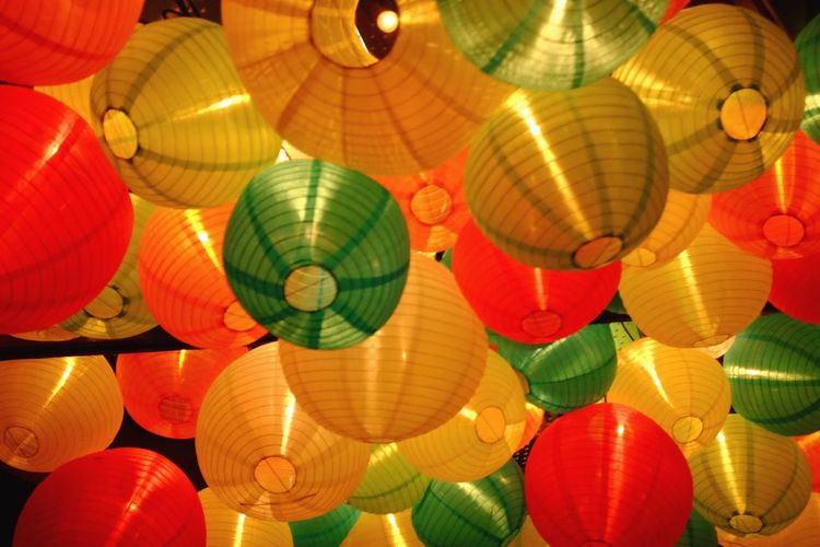 Lanterns Decor Decoration Hanging Lamp Lights Asian  Festive Colorful Background Colorful Multi Colored Celebration Large Group Of Objects Lantern Red Traditional Festival Chinese Lantern Festival Hanging Chinese New Year