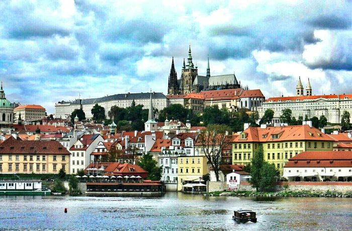 Prague Czech Amazing View City View  Pictureoftheday River View Enjoying The View Great Views Great View Visiting Prague