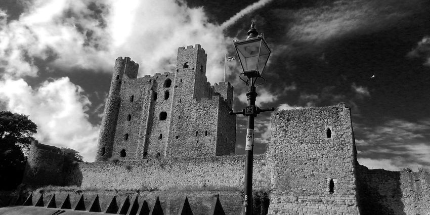 Monochrome Photography Architecture Built Structure Old Building Exterior Sky Cloud Cloud - Sky Damaged Day Outdoors Bad Condition History Tall Obsolete Cloudy No People Weathered Rochester Castle Today's Hot Look Bestoftheday Modern Art Gallery Medieval