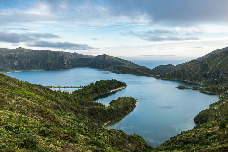 Lagoa do fogo lagoon surrounded by green forest located on sao miguel, azores, portugal