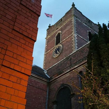 St Valentine's Day service at St Thomas's Church in Stourbridge. Stourbridge POTD Instagood Insta_gram_shooters Instagram Instapic Blackcountry Westmidlands Churches St Thomas's Valentines Valentine Stvalentine Dusk Building