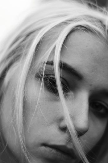portrait of a blonde girl Girl Blackandwhite Pose Fashion Photography Art Beauty Attitude Model Unique Love Fashion Photography Bw Young Women Portrait Headshot Childhood Blond Hair Beautiful Woman Close-up Pretty Go Higher Stories From The City Inner Power EyeEmNewHere Visual Creativity