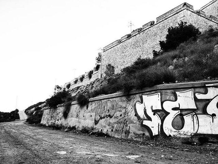 Morning walk 2502e Historicbuilding Blackandwhitephotography Monochrome Blackandwhite Graf Graffiti