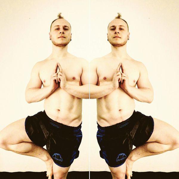 Shirtless Exercising Symmetry Human Body Part Healthy Lifestyle Men Workout Athletic Bodybuilding Body Shot Mensphysique Physique  Aesthetic Yoga Yoga Pose Vrksasana Asana Tree Pose Tree Meditation